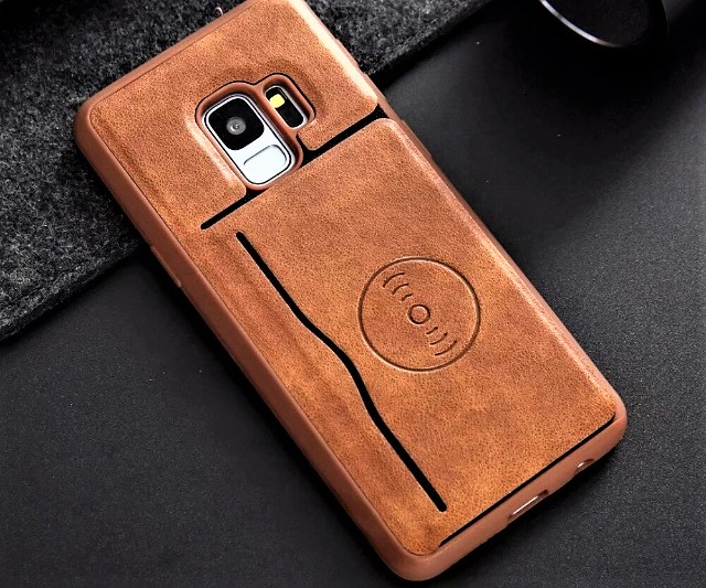 PHONE CASE WITH A CARDHOLDER