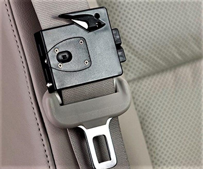 clip on seat belt cutting multi tool 1