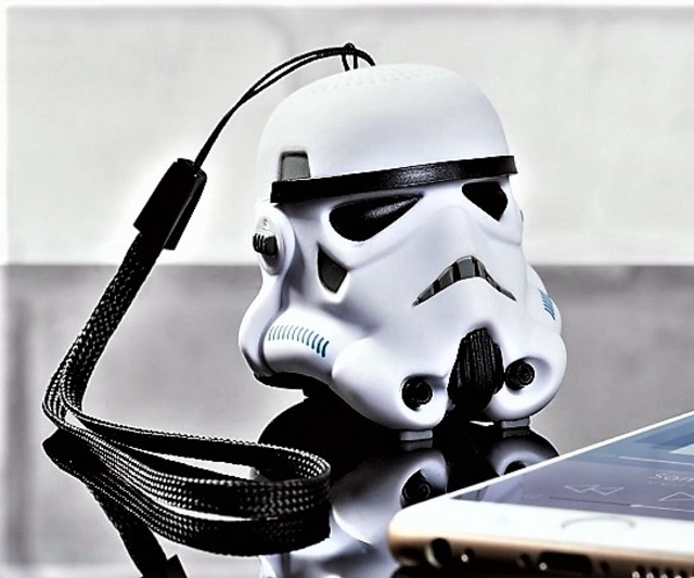 Top 10 Star Wars Gadgets You Should Have!